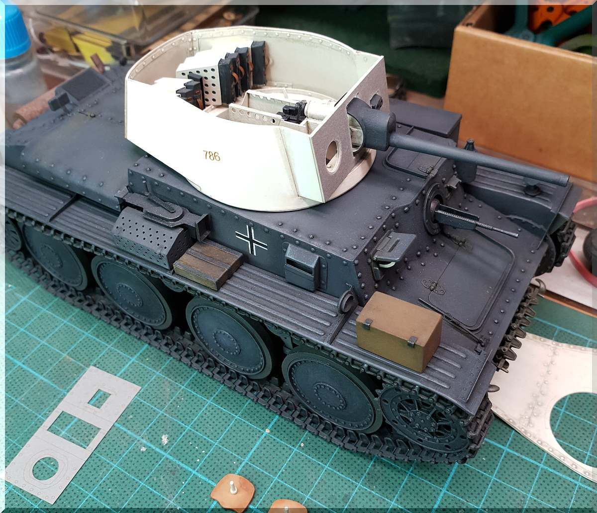 PzKpfw 38(t), model-hobby / Weapons of WWII, 1:25 - Seite 2 Bild_103